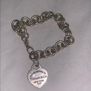 Selling Tiffany bracelet (authentic)
